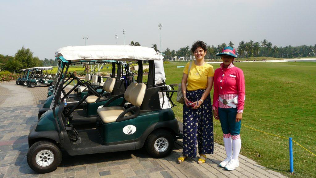 Маги Гигова  на голф в Джакарта