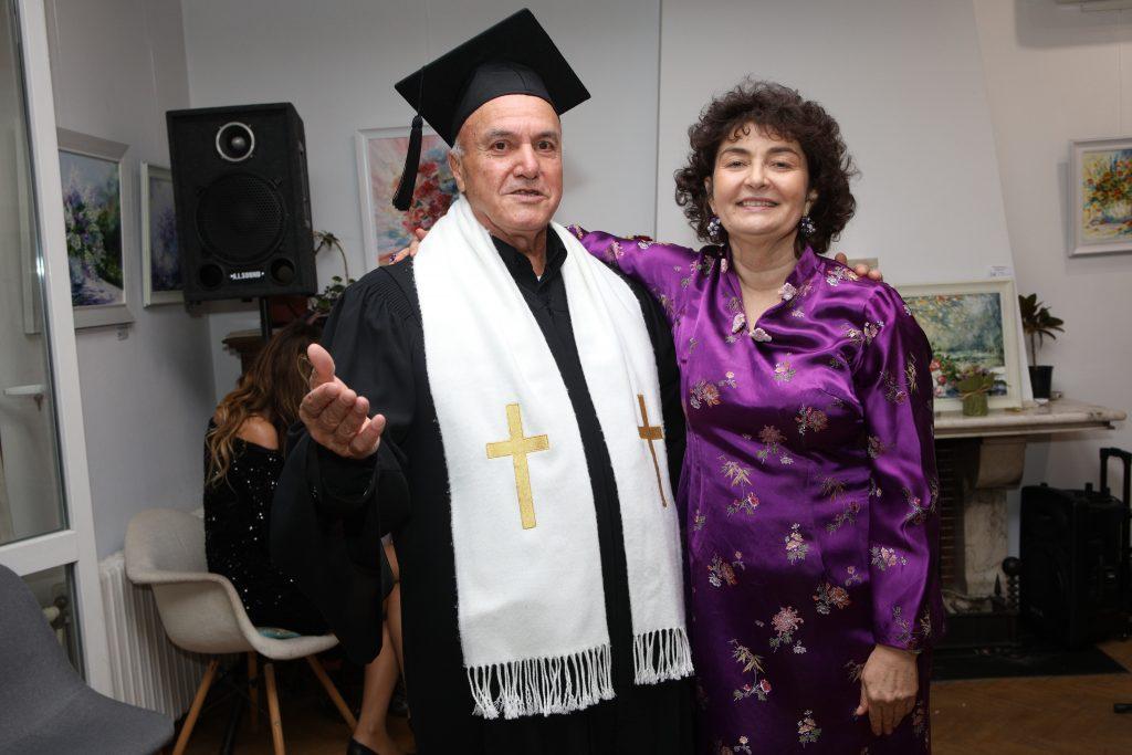 Пастор Боби Асенов, Поета от Факултета