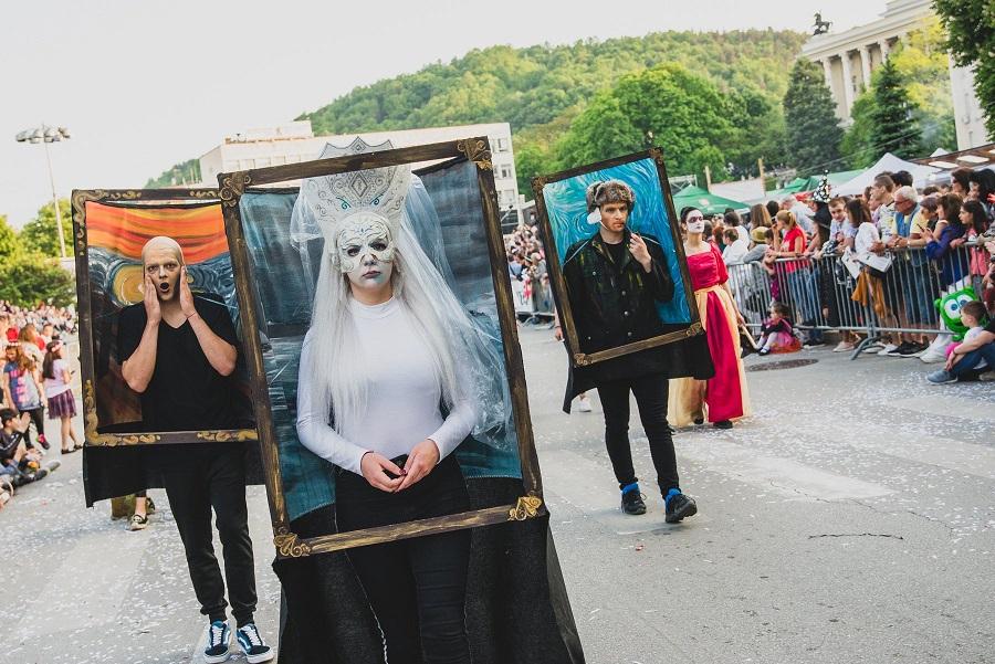 Живи картини от минал карнавал
