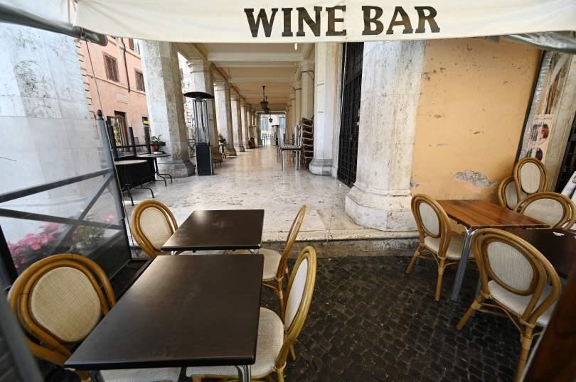 Коронавирусът превърна Рим в град-призрак
