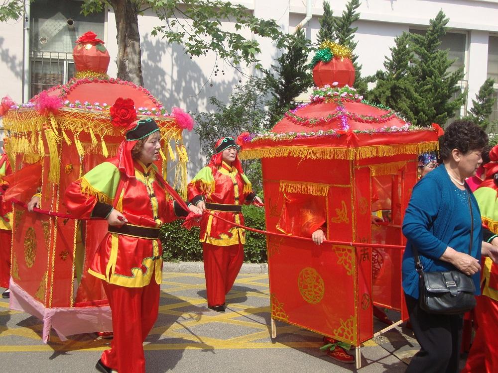 Пънлай в Китай. Тържествени паланкини