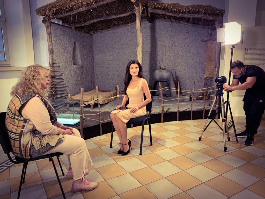 """Културологът и траколог Елка Пенкова в звездното интервю """"Ние!"""""""