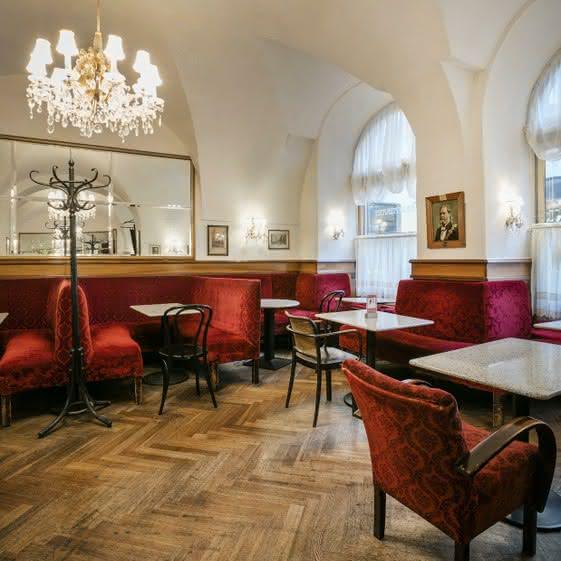 Виенски кафенета се превръщат в летящи класни стаи Cafe Frauenhuber © Österreich Werbung/Harald Eisenberger