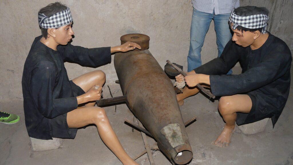 Подземният музей Ку-чи недалеч от град Сайгон разкрива грозотата на американската война във Виетнам
