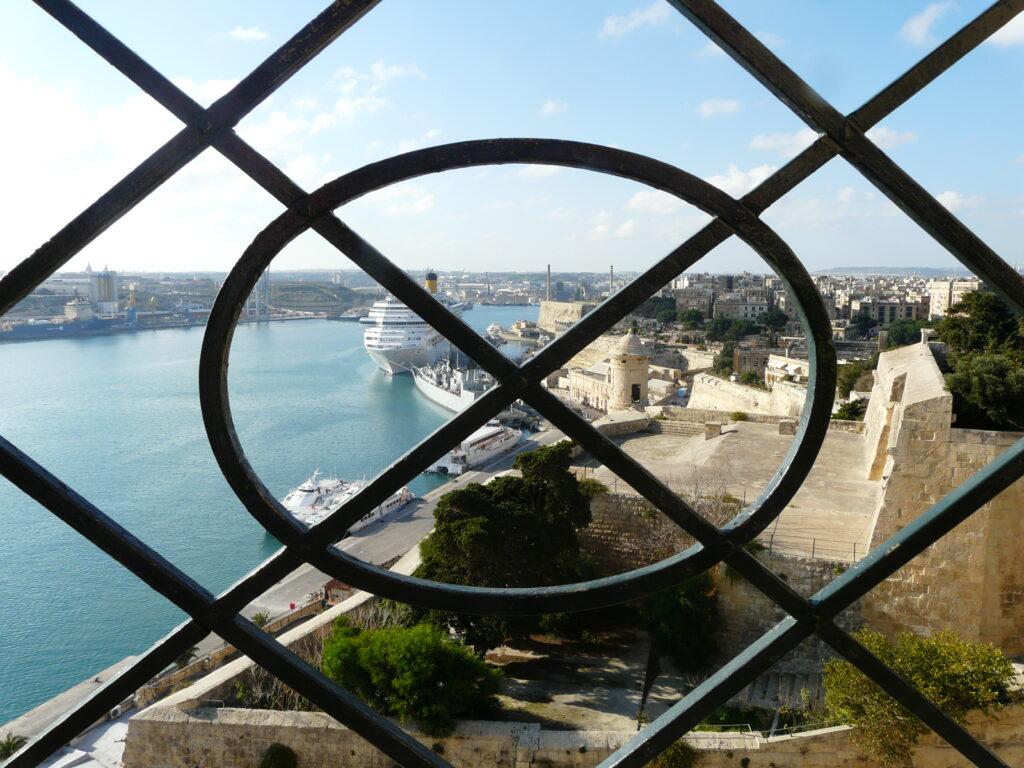 Призрачни рицари церят чумави в Малта