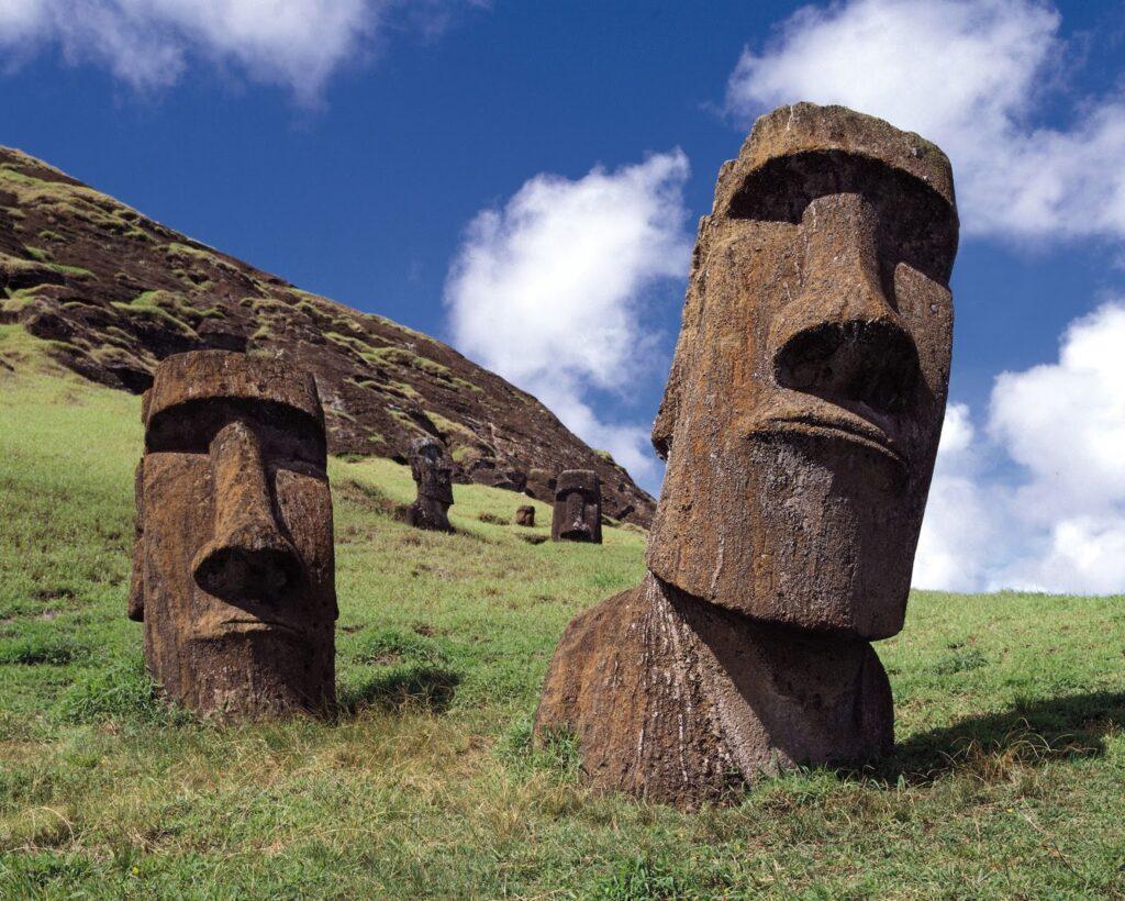 Енергията на Великденския остров е същата като на Бермудския триъгълник