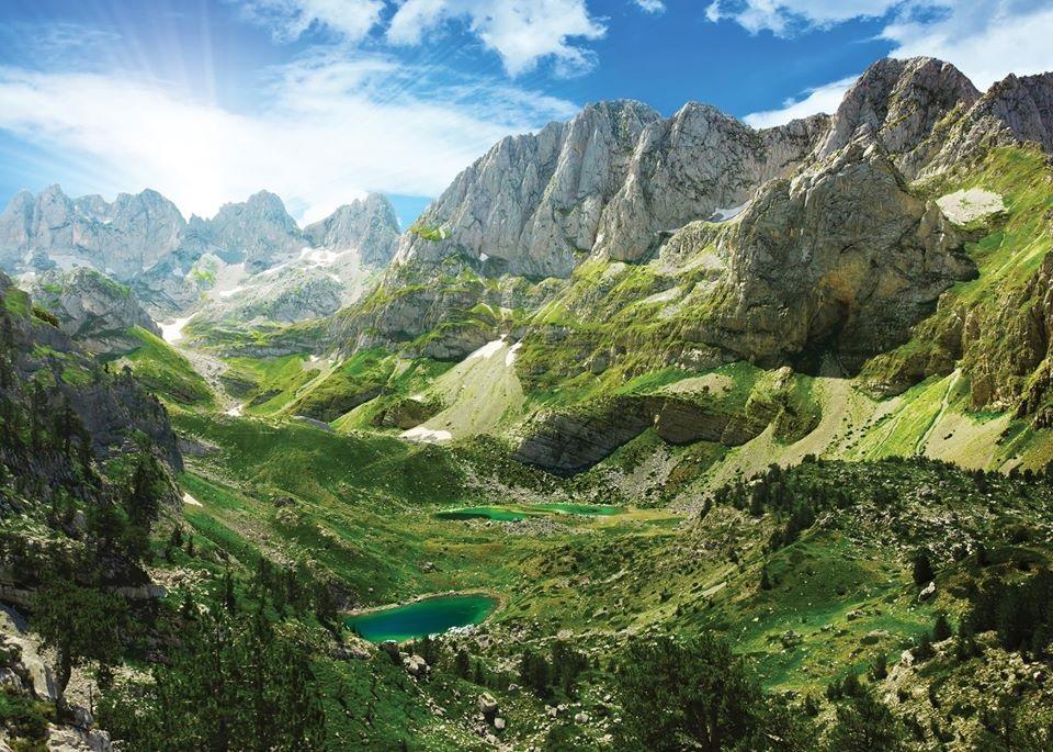 Н.Пр. Доника Ходжа: В Албания има море, планини, обекти на ЮНЕСКО, вкусна храна и вино. И не е скъпо!